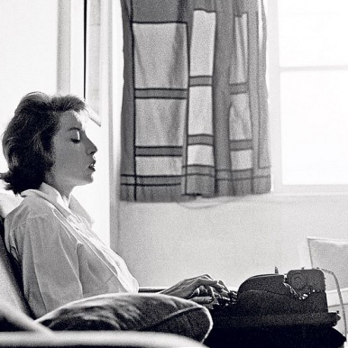 Cover Photo: Clarice Lispector.  photo by Claudia Andujar