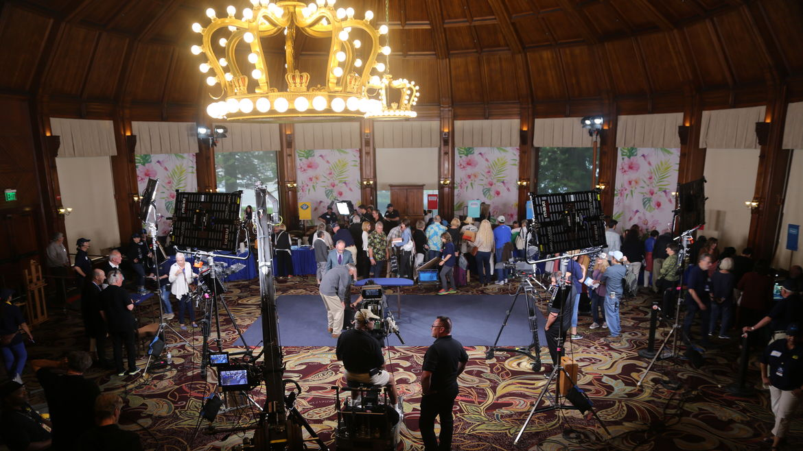 Cover Photo: Photograph courtesy of Antiques Roadshow/PBS