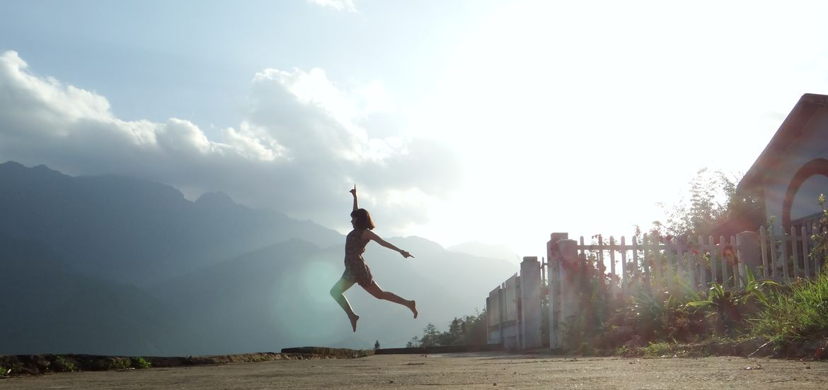 Cover Photo: 8 Exercises to Help You Let Go of the Things that No Longer Serve You by Annie Mueller